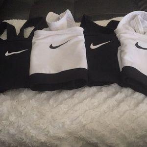 4 Nike Sport Bras